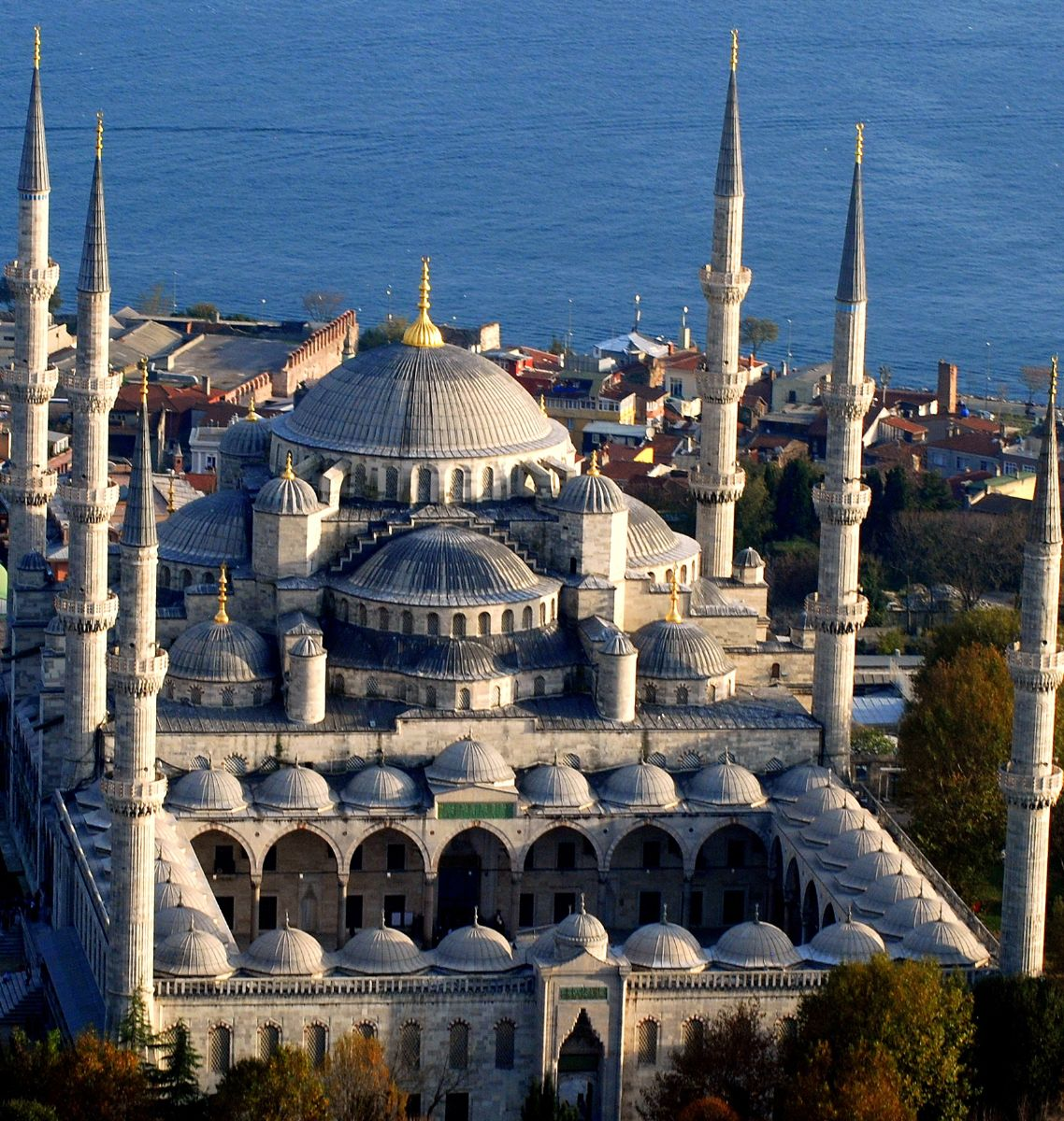 Blue Mosque: The Jewel of Istanbul - IslamiCity